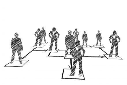 Hierarchiefreie Organisation - 4 Hauptfragen